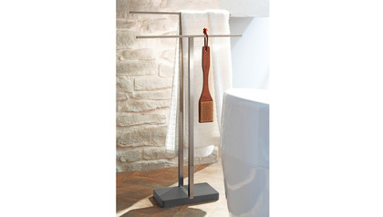 Menoto Towel Rack